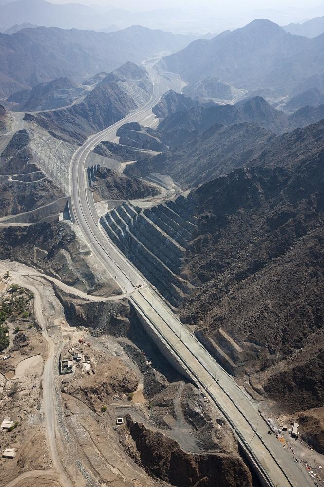 Dubai Fujairah Freeway Contract 3 Projects