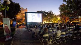 Athens Open Air Film Festival: Η γειτονιά της Ν. Ερυθραίας γεμίζει αναμνήσεις και συγκίνηση