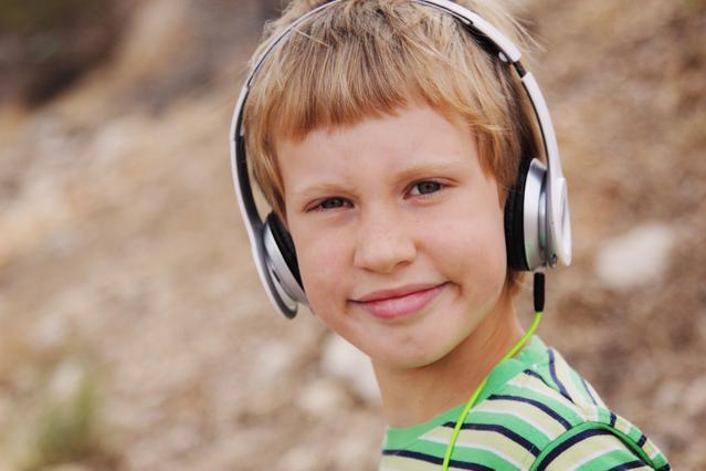 Πώς νιώθει ένα παιδί με αυτισμό μέσα σε εμπορικό κέντρο; Συγκλονιστικό βίντεο