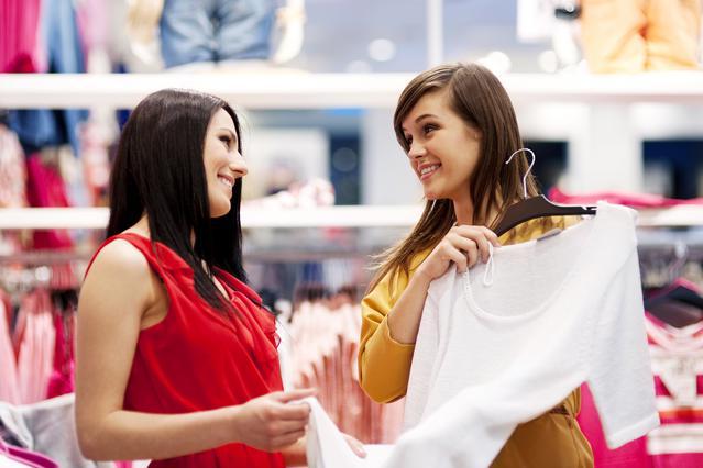 4 κομμάτια μόδας για να αναζητήσεις με τις εκπτώσεις