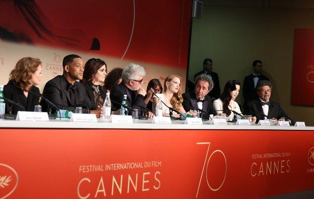 Κάννες 2017: Τα δάκρυα του Αλμοδόβαρ και η ενόχληση της Τσαστέιν για την εικόνα των γυναικών στις ταινίες