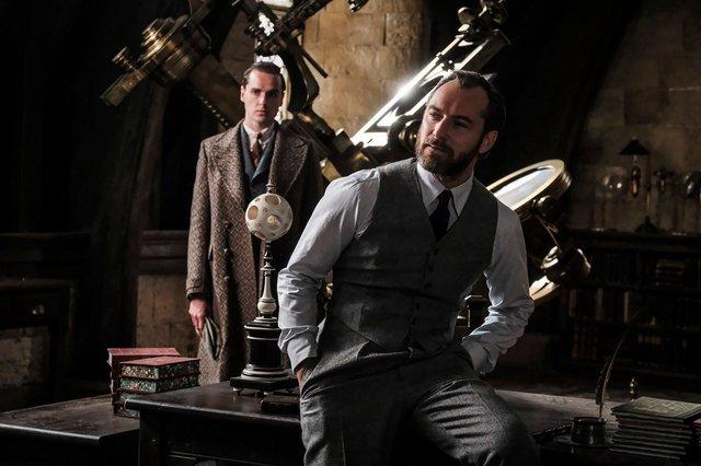 «Τα Εγκλήματα του Γκρίντελβαλντ»: Νέες photos από το σίκουελ του «Fantastic Beasts»