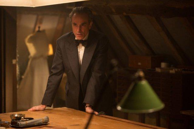 Ο Ντάνιελ Ντέι-Λιούις στην Αθήνα για την πρεμιέρα της ταινίας «Αόρατη Κλωστή»!