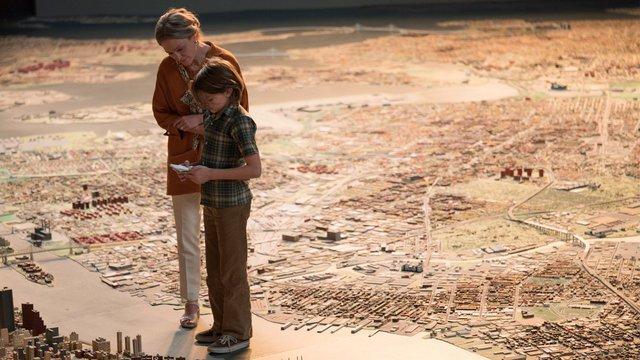 Ταινία της Εβδομάδας: Ο Τοντ Χέινς προσκαλεί σε ένα μαγευτικό «Δωμάτιο των Θαυμάτων»