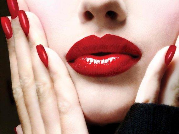 Λατρεύεις το κόκκινο κραγιόν; Να τι προδίδει για τον χαρακτήρα σου