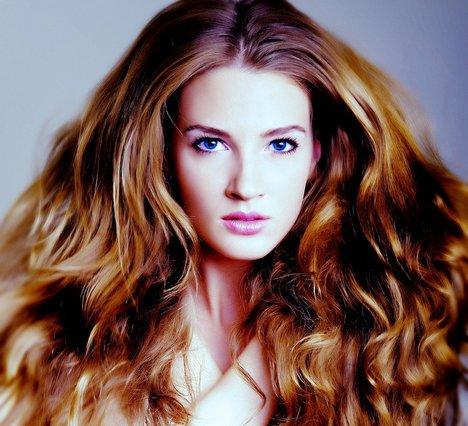 Το μεγαλύτερο λάθος που κάνεις και καταστρέφεις τα μαλλιά σου δεν είναι αυτό που φαντάζεσαι