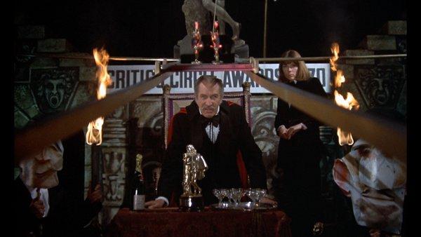 Οι φονικές απαγγελίες του Βίνσεντ Πράις στο «Θέατρο του Αίματος»