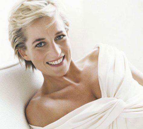 Summer Icons - 7 κανόνες του καλοκαιρινού στυλ μέσα από τις εμφανίσεις της Πριγκίπισσας Diana!