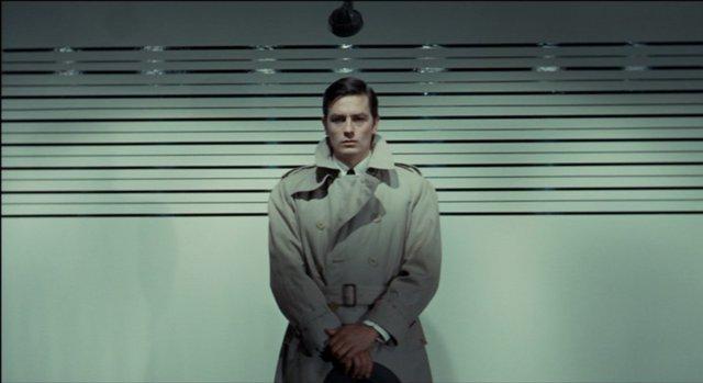 Ταινία της Εβδομάδας: Ο μνημειώδης Αλέν Ντελόν είναι «Ο Δολοφόνος με το Αγγελικό Πρόσωπο» του Ζαν-Πιερ Μελβίλ