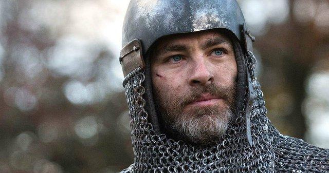 Τρέιλερ «Outlaw King»: Ο Κρις Πάιν σε επικές μάχες στη μεσαιωνική Σκωτία