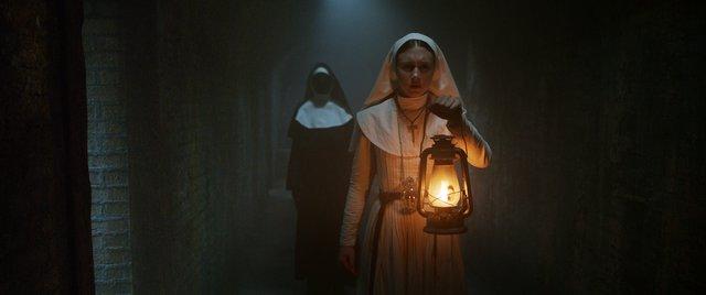 Ένα νέο σκοτεινό κεφάλαιο για το «The Conjuring»! Δείτε πρώτοι την «Καλόγρια»