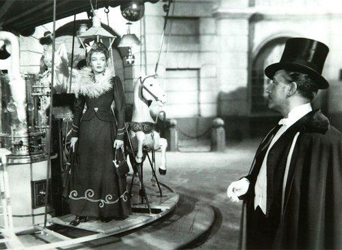 Roundabout - La Ronde (1950)