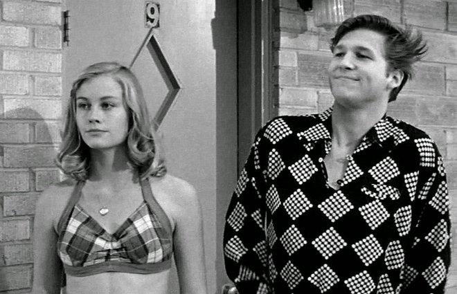 «Η Τελευταία Παράσταση» («The Last Picture Show», 1971) του Πίτερ Μπογκντάνοβιτς  Αν το «εμβληματική» παύει να είναι καταχρηστικό είναι σε ταινίες σαν αυτή, το ασπρόμαυρο αριστούργημα για την ενηλικίω