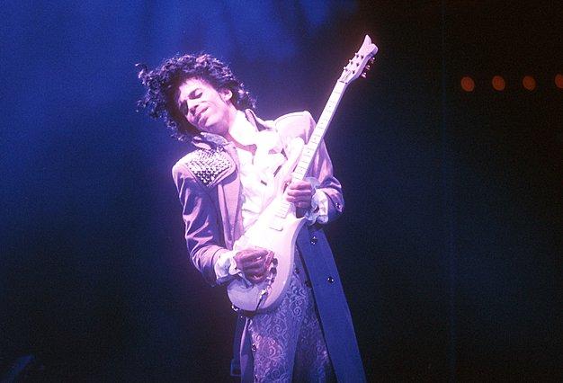 Ταινία εμπνευσμένη από τα τραγούδια του Prince ετοιμάζει η Universal