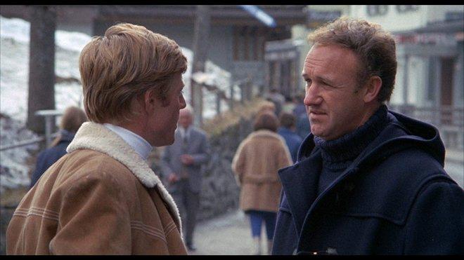 «Downhill Racer» (1969) του Μάικλ Ρίτσι  Ωραιότατη περιπέτεια που δεν γνώρισε ιδιαίτερη επιτυχία στον καιρό της, το έργο ανήκει στον Ρέντφορντ και τους κασκαντέρ κυρίως, όμως ο Χάκμαν σε προετοιμασία
