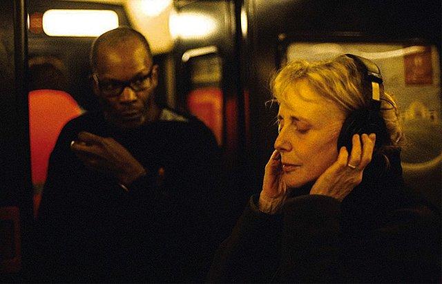 «Οταν σκηνοθετώ, καλωσορίζω ουσιαστικά το άγνωστο»: Μια συζήτηση με την Κλερ Ντενί