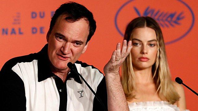 Ο Ταραντίνο «απορρίπτει υποθέσεις» σχετικά με το ρόλο της Μαργκό Ρόμπι και σκέφτεται να μεγαλώσει το «Χόλιγουντ»