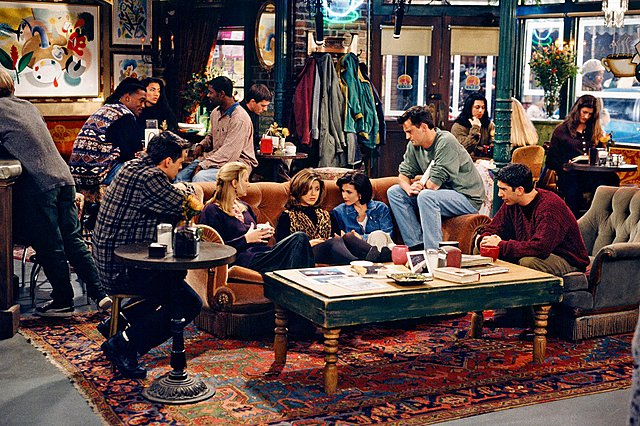 «Generation Friends»: Ένα νέο βιβλίο σηματοδοτεί τα 25 χρόνια από τη μέρα που γνωρίσαμε τα «Φιλαράκια»