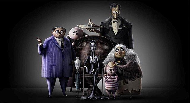 Νομίζετε πως η δική σας οικογένεια είναι παράξενη; Κερδίστε συλλεκτικά δώρα της ταινίας «H Οικογένεια Άνταμς»