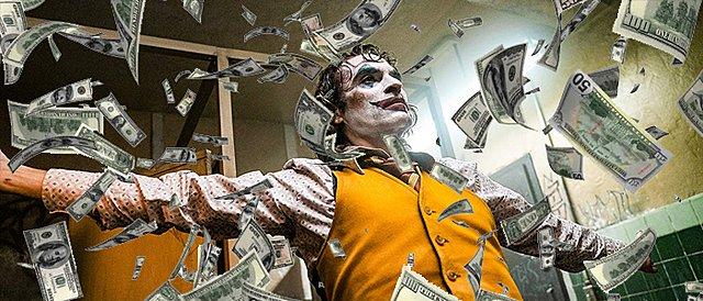 Το χαμόγελο των ταμείων: Το «Joker» είναι η πρώτη ακατάλληλη ταινία που ξεπερνά το φράγμα του 1 δισ. δολαρίων