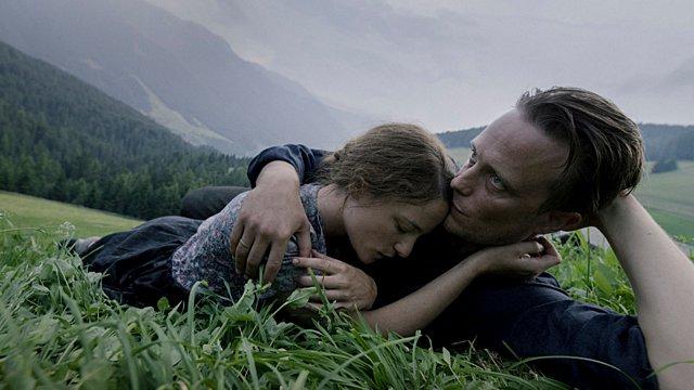 Ταινία της Εβδομάδας: Ο Τέρενς Μάλικ εξακολουθεί να αναζητά τον Θεό στο «Μια Κρυφή Ζωή»