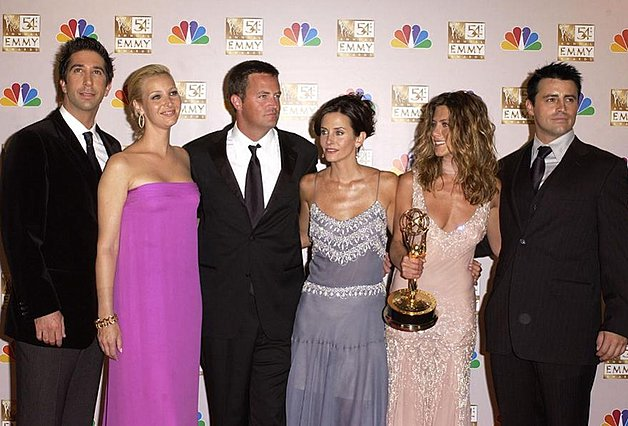 «The One With the Reunion»: Τα «Φιλαράκια» θα ξαναβρεθούν μαζί μετά από 16 χρόνια