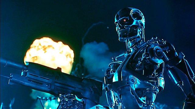 Ρομπότ-εξολοθρευτές COVID-19 στα κινηματογραφικά και τηλεοπτικά πλατώ