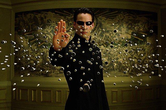 Τα σίκουελ του «Matrix» απέτυχαν σύμφωνα με τον Διευθυντή Φωτογραφίας τους λόγω... Κιούμπρικ!