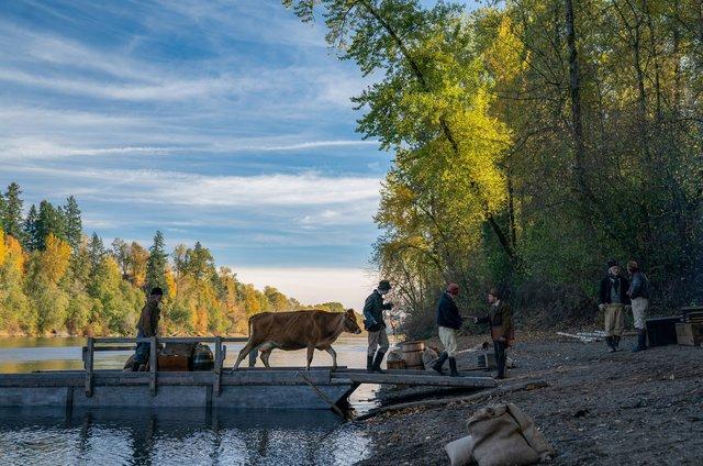 Ταινίας της Εβδομάδας: «First Cow» της Ράιχαρντ, μια σεβαστικά εύστοχη ματιά πάνω στο ιστορικό συνεχές της Αμερικής
