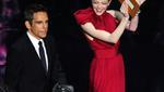 Ο Μπεν Στίλερ και η δώρο έκπληξη Έμα Στόουν σε ρόλο παρουσιαστών