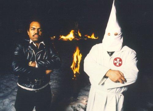 Παράξενη Ευγένεια: Γιατί με Μισείς Χωρίς να με Ξέρεις; / Accidental Courtesy: Daryl Davis, Race & America