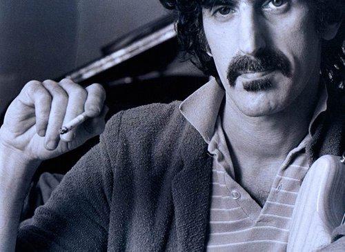 Βγάλε τον Σκασμό: Ο Φρανκ Ζάπα με Δικά του Λόγια / Eat That Question: Frank Zappa in his Own Words