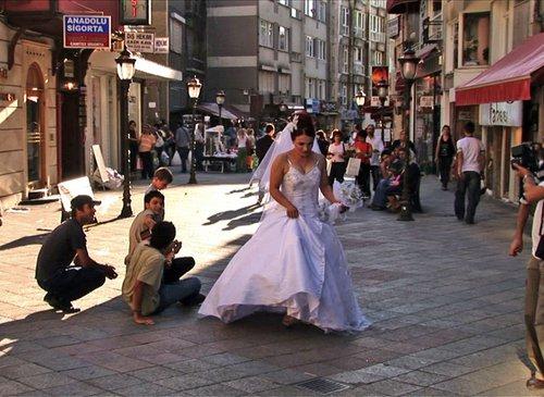 H Άλλη Πλευρά Της Κωνσταντινούπολης - The Other Side Of Istanbul