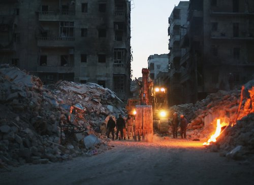 Αυτοί Που Έμειναν στο Αλέπο / Last Men In Aleppo