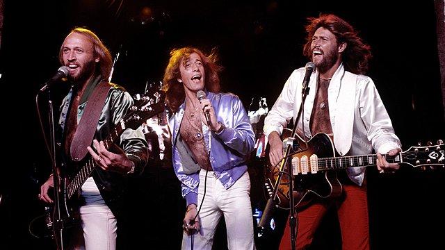 Queen και Έλτον Τζον ανοίγουν τον δρόμο για το biopic των Bee Gees!