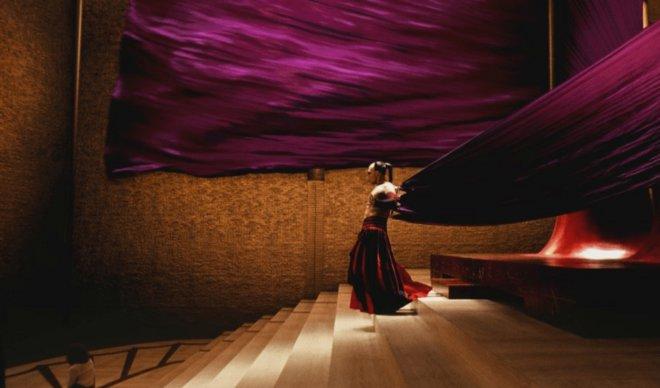 «Το Κελί» (2000) του Τάρσεμ Σινγκ, Σκηνογραφία: Τομ Φόντεν
