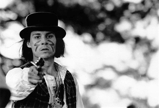 Για τα γενέθλια του Τζόνι Ντεπ επιστρέφουμε στον «Νεκρό» του Τζιμ Τζάρμους