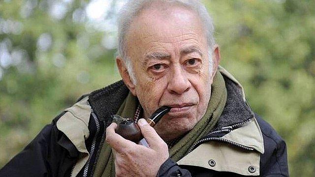 Βασίλης Αλεξάκης (1943-2021): Η κινηματογραφική ποίηση των λέξεων