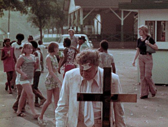 Τρέιλερ «Amusement Park»: Η απρόβλητη ταινία του Ρομέρο από το 1973 έρχεται επιτέλους στο φως [Update]