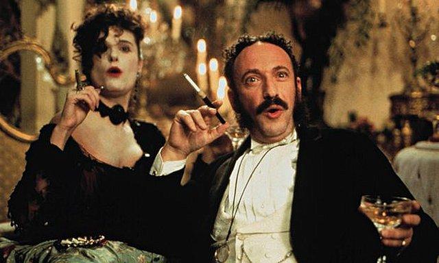 Essential Cinema #140: «Topsy - Turvy» (1999) του Μάικ Λι