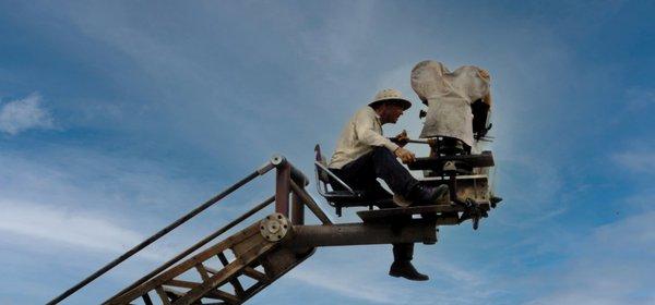 ΛΟΥΙΣ ΜΠΟΥΝΙΟΥΕΛ: Ο ΜΕΓΑΛΟΣ ΣΟΥΡΕΑΛΙΣΤΗΣ / BUÑUEL: A SURREALIST FILMMAKER